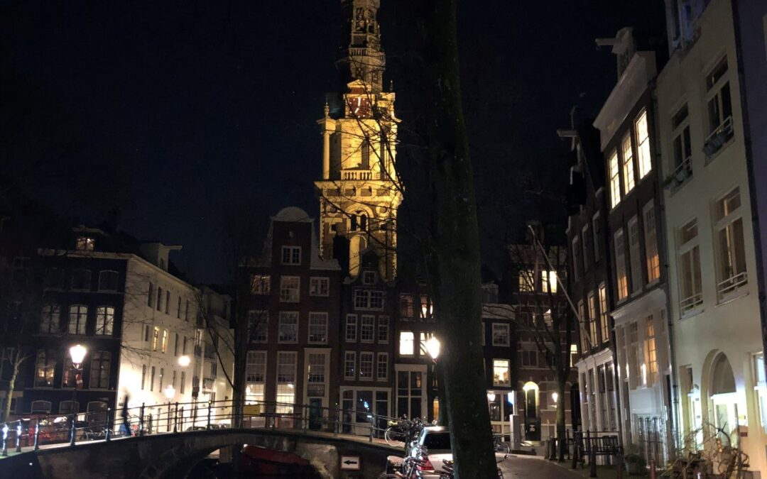 Amsterdam – City of Contrasts